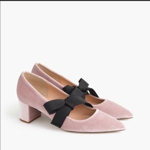 ⭐️Sale-J.Crew Avery Velvet Pump with bow in Blush